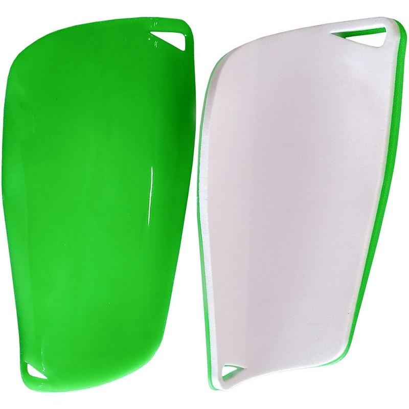Щитки футбольные взрослые C33336 зеленые